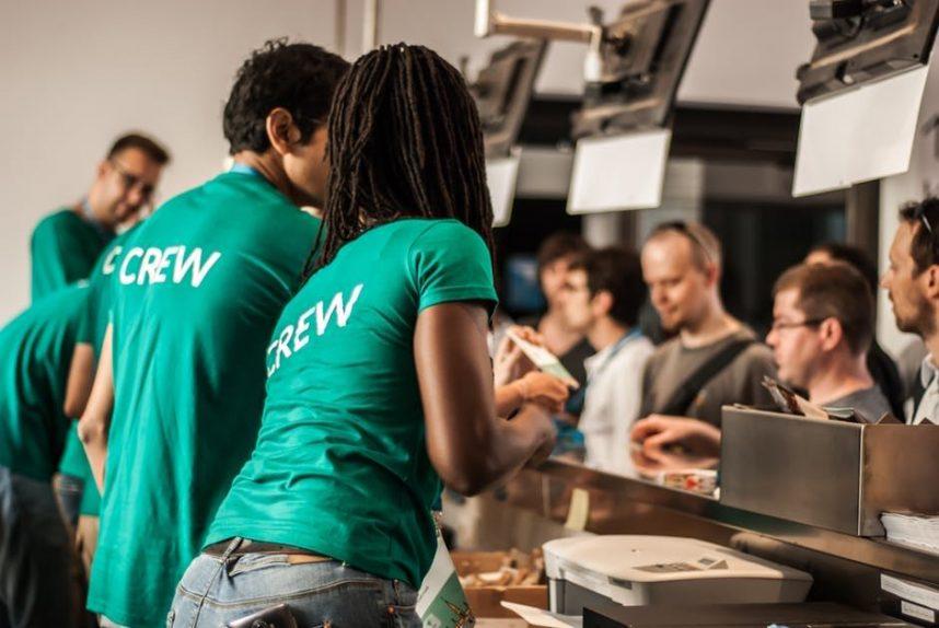 4 Ways to Ensure Customer Loyalty