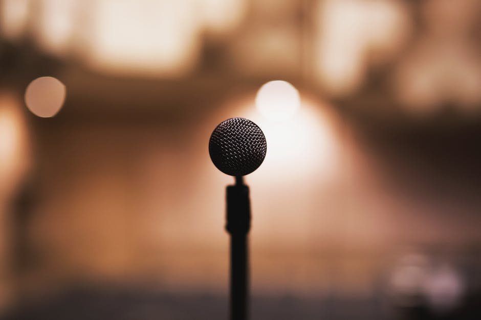 How to Choose the Right Motivational Speaker for Your Group